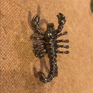 Scorpion Double Ring